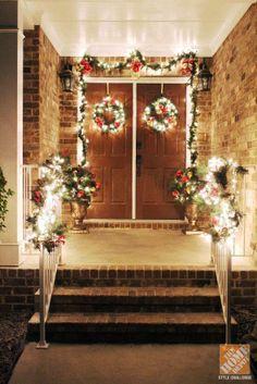 2014 Porch Christmas Decoration Ideas, Natural Christmas porch decoration, Front Door Decorations for Christmas Front Door Christmas Decorations, Christmas Porch, Front Door Decor, Rustic Christmas, Holiday Decor, Christmas Things, Modern Christmas, Christmas 2014, Front Doors