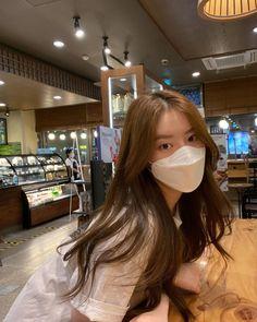 Korean Beauty Girls, Pretty Korean Girls, Cute Korean Girl, Asian Girl, Korean Girl Photo, Korean Girl Fashion, Ulzzang Fashion, Girl Photo Poses, Girl Photography Poses