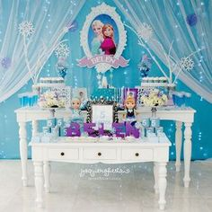 and today, a few days after its premiere, we bring you the best guide to decorate a Frozen 2 Party; Cake Table Birthday, Frozen Themed Birthday Party, Disney Frozen Birthday, Birthday Parties, Frozen Centerpieces, Frozen Party Decorations, Birthday Party Decorations, Frozen Baby Shower, Candy Bar Frozen