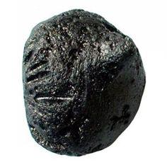 "TIBETAN TEKTITE ""The Telepathy Stone"" [HIGH VIBRATIONCRYSTAL] Tibetan Tektite is a valuable gift from the Universe. Tibetan Tektite, aka Tibetanites, possess a gentle, yet powerful en…"