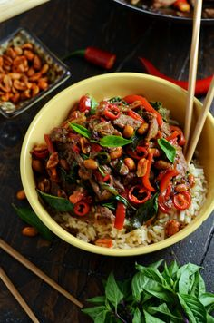30 Minute Thai Beef Stir Fry with Sriracha Roasted Peanuts. This recipe ticks all of the boxes: quick, easy, healthy, spicy, sweet, savory, and super versatile. Whether you make it as is, add in more veggies, or sub in chicken, you are going to love this weeknight dinner. | hostthetoast.com