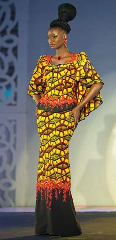 African Prints Maxi Dresses 2017 And 2018 African Print Dresses, African Print Fashion, Africa Fashion, African Dress, Fashion Prints, African Prints, Ankara Fashion, African Attire, African Wear