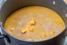 Cheeseburger soup is the ultimate comfort soup. Chock full of seasoned ground beef, potatoes, onions, cheese all in a creamy soup! Easy Soup Recipes, Lunch Recipes, Beef Recipes, Cooking Recipes, Recipes Dinner, A Food, Good Food, Sausage Stew, Cheddar Cheese Soup