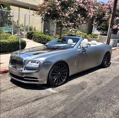 Custom silver and chrome Rolls Royce Wraith Rolls Royce Dawn, Royce Car, Luxury Private Jets, Rolls Royce Wraith, Billionaire Lifestyle, Most Expensive Car, Cabriolet, Lamborghini Gallardo, Ferrari F40