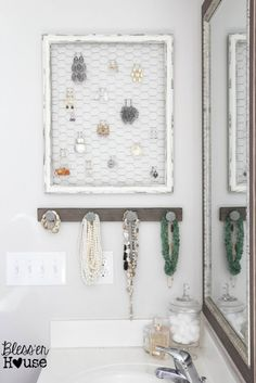 rustic diy jewelry organizer wall (Blesser House)
