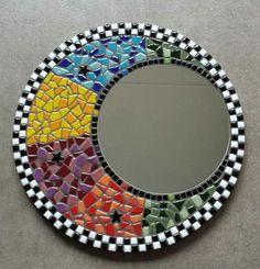 Mosaic Vase, Mirror Mosaic, Diy Mirror, Mosaic Tiles, Mosaics, Mosaic Crafts, Mosaic Projects, Mosaic Furniture, Mosaic Madness