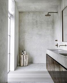 Concrete, wood minimal bathroom design creates a contemporary bathroom with a modern rustic feel Cement Bathroom, Concrete Shower, Bathroom Furniture, Shower Bathroom, Downstairs Bathroom, Minimalist Bathroom Design, Minimal Bathroom, Bathroom Design Luxury, Luxury Bathrooms