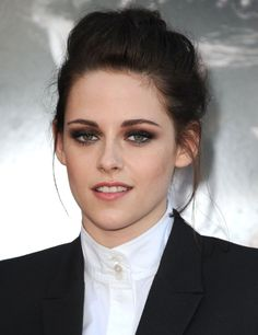 Kristen Stewart at event of Snow White and the Huntsman
