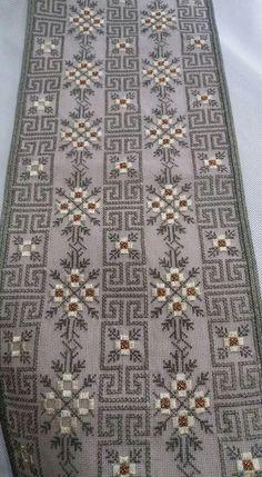 Cross Stitch Borders, Cross Stitching, Cross Stitch Embroidery, Embroidery Patterns, Cross Stitch Patterns, Bargello, Palestinian Embroidery, Blackwork, Needlepoint
