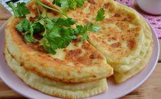 Felülmúlja a legínycsiklandóbb lángost is! Hungarian Recipes, Russian Recipes, Kefir Recipes, Cooking Recipes, Unique Recipes, Ethnic Recipes, Yummy Food, Tasty, Food 52
