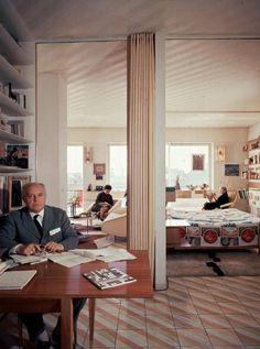 Gio Ponti gilt als Vater der modernen italienischen Designschule. Der...