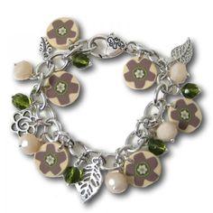 Bracelet à breloques, nature