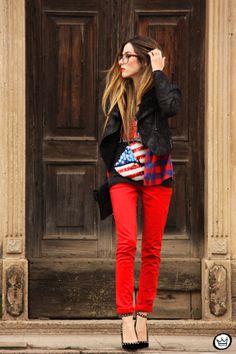http://fashioncoolture.com.br/2013/07/22/look-du-jour-kiss/
