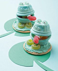 These fun green frogs will delight the children at your next birthday party.