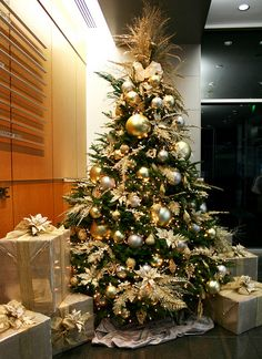 goldchristmastreebusinessdecorating.jpeg by ChristmasSpecialists, via Flickr