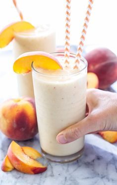 Peach Green Tea Smoothie | This this frosty smoothie uses green tea instead of milk or juice and boy is it delicious!