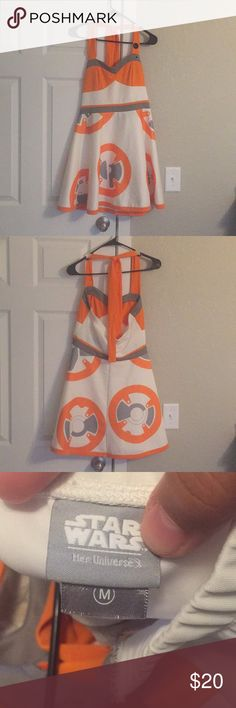 Star Wars BB8 Dress Her Universe brand. Only worn once, Halloween before last. Just been sitting in my closet ever since. Ready to pass it on to someone who will love it! Star Wars Dresses Midi