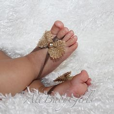 cute-little-girls-and-newborn-baby-in-barefoot-sandals-13.jpg (640×640)