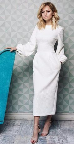 Damen outfits Festliche und elegante outfits für jeden Anlass Take a look at the best modest winter dresses in the photos below and get ideas for your outfits! Modest Wedding Dresses, Trendy Dresses, Elegant Dresses, Cute Dresses, Beautiful Dresses, Dresses For Work, Dress Wedding, Hair Wedding, Wedding Shoes