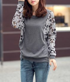 Round Collar Lace Splicing Floral Pattern Batwing Sleeves Loose-Fitting T-Shirt
