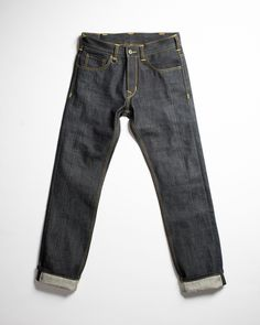 The 1958 Roamer Pant is pretty much what it says it is: a 1950s cut tough as nails working jean, in raw 15oz. denim. These feature a medium leg, high waist, and dark indigo selvedge fabric. Super classic 5-pocket cut, tough as the day is long, and flattering on cool cats of all walks of life.  Pike Brothers clothing is modeled after the straightforward cuts and tough fabrics that covered the strong workers of the early 20th century. Their easy, comfortable practicality is based on styles…