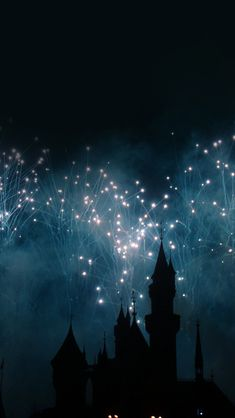 Dream Castle Firework #iPhone #5s #Wallpaper