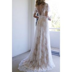 Hot Sale Appealing Lace Wedding Dresses Romantic A-line White Lace Long Wedding Dress With Open Back