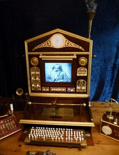 Steampunk-Computer - tak to chci... Apple je jiz trochu OUT, nebo?