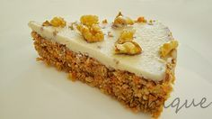 RAW mrkvový dort Raw Food Recipes, Sweet Recipes, Cooking Recipes, Healthy Recipes, Raw Living, Healthy Sweets, Raw Vegan, Vegan Food, Carrot Cake