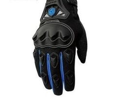 Get your hands on one of our sport protective gloves. Lightweight and durable, these sports gloves are perfect for those who love to cycle. Protective Gloves, Inflatable Kayak, Outdoor Recreation, Water Sports, Kayaking, Backpacking, Surfing, Hiking, Motorcycle