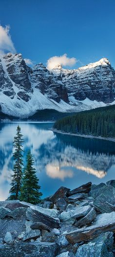 Moraine Lake in the Valley of Ten Peaks at Banff National Park in Alberta, Canada • photo: Sarah Marino on Flickr