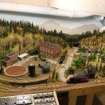 Here is one more wonderful HO Scale model train layout. This layout is a 4' X 8' HO scale layout.It is a DC controlled dual cab hardshell scenery.