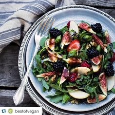 """""""#Repost @bestofvegan with @repostapp. ・・・ FIG ARUGULA SALAD WITH BALSAMIC VINAIGRETTE by @thedreamyleaf Recipe as posted on dreamyleaf.com"""