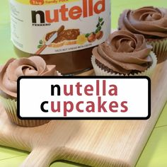 Cupcakes - Incredibly simple Nutella cupcakes topped with delicious Nutella buttercream.Nutella Cupcakes - Incredibly simple Nutella cupcakes topped with delicious Nutella buttercream. Nutella Cupcakes, Cup Cake Nutella, Nutella Cookie, Nutella Brownies, Nutella Frosting, Nutella Drink, Marshmallow Frosting Recipes, Desserts Nutella, Coffee Cupcakes