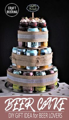 A craft beer cake like this one is guaranteed to bring a smile on the face of any craft beer lover. Make one for the beer aficionado in your life! Beer Can Cakes, Beer Mug Cake, Beer Bottle Cake, Dip For Beer Bread, Craft Bier, Beer Decorations, Craft Beer Gifts, Diy Gifts, Cake Tower