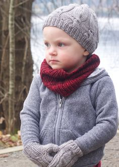 Bon Bon Hats and Tall Dark and Handsome Cowl  http://tincanknits.com/pattern-GWN-bonbontoque.html