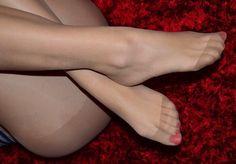 Amateur Pantyhose Girls