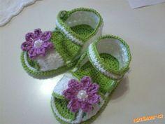 háčkované sandálky