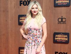 Kelsea Ballerini is the ACCA's 2016 Breakthrough Female of the Year