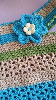 Ravelry: The Vee Bag pattern by Fiona Hawke Ice Cotton, Chevron Purse, Ravelry, Elsa, Crochet Hats, Stripes, Blanket, Projects, Pattern