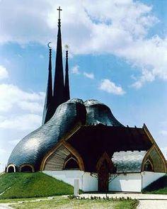 Paks catholic church in Ungary Sacred Architecture, Church Architecture, Religious Architecture, Beautiful Architecture, Futuristic Architecture, Unique Buildings, Interesting Buildings, Beautiful Buildings, Frank Lloyd Wright