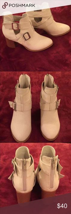 Vintage93 Jaclyn Booties! Size 7, worn 2Xs and they look New! Bottoms have minor scuffs without any ware to heels! These are super cute and a must have! Vintage 93 Shoes Ankle Boots & Booties