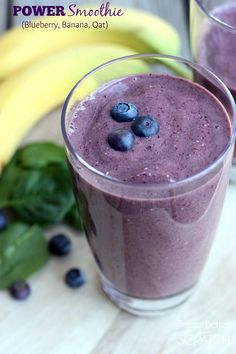 Power Smoothie with Blueberries, Banana, oats and spinach--recipe on TastesBetterFromScratch,com