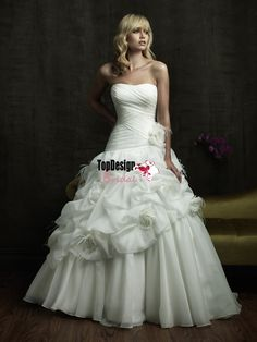 Wholesale free shipping 2016 new ruched bodice flower and feathers pick-up skirt chapel train satin and organza wedding ball gown 8824