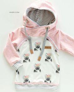 Hach ja, wir lieben Hoodies @fuchsfamilie #zauberlehrling #zuckerwolkenfabrik #fuchsfamilie #spitze #koala #rosa #romantisch #nähen #ichliebenähen #nähenistwiezaubernkönnen #iloveit #namijdashop @s (Diy Clothes Sweater)