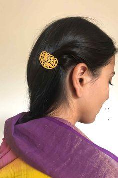 Hair Jewellery, Gold Jewellery, Jewlery, Punjabi Girls, Punjabi Suits, Gold Hair Clips, Gold Ring Designs, Gold Hair Accessories, Friend 2