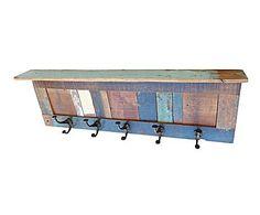 Piezas en madera reciclada: Perchero con balda de teca reciclada – multicolor