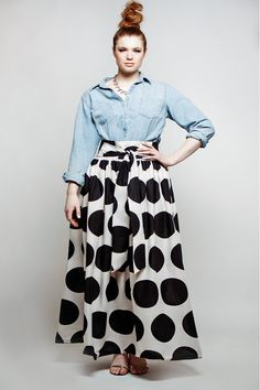 Like this outfit a lot. JIBRI Plus Size High Waist Polka Dot Maxi Skirt (attached wrap belt) Curvy Girl Fashion, Look Fashion, Plus Size Fashion, High Fashion, Fall Fashion, Ethno Style, Mode Plus, Looks Plus Size, Style Outfits