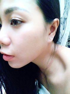 #kahyinstyle .  重點在於那微小的耳環。 超級喜歡的!  年紀長了,耳朵的脾氣亦大了。。。 已經不能胡亂帶耳環了。。不然耳朵會鬧彆扭。。。 只能帶銀或極度防敏的耳環。。。 所以近來都偏愛這種特別的小巧型。  Another obssession!  P. S. The stud earring!   @kahyinlam . #日光 #耳環 #飾物 #好物 #情感 #香港 #分享 #語錄 #心境 #文字 #earrings #style #fashion #outfit #accessories #summer #ss2015 #instadaily #instalife #hongkong #hongkonger #hkig #hkiger #sgig #sgiger #instalife #lovelife #instadaily #kahyinlam