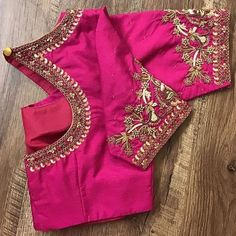 All Ethnic Customization with Hand Embroidery & beautiful Zardosi Art by Expert & Experienced Artist That reflect in Blouse , Lehenga & Sarees Designer creativity that will sunshine You & your Party Worldwide Delivery. Hand Work Blouse Design, Simple Blouse Designs, Stylish Blouse Design, Designer Blouse Patterns, Fancy Blouse Designs, Bridal Blouse Designs, Blouse Neck Designs, Pink Blouse Design, Blouse Designs Catalogue
